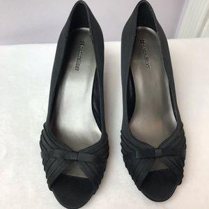 Naturalizer - PLEATS Satin Bow Black Heels